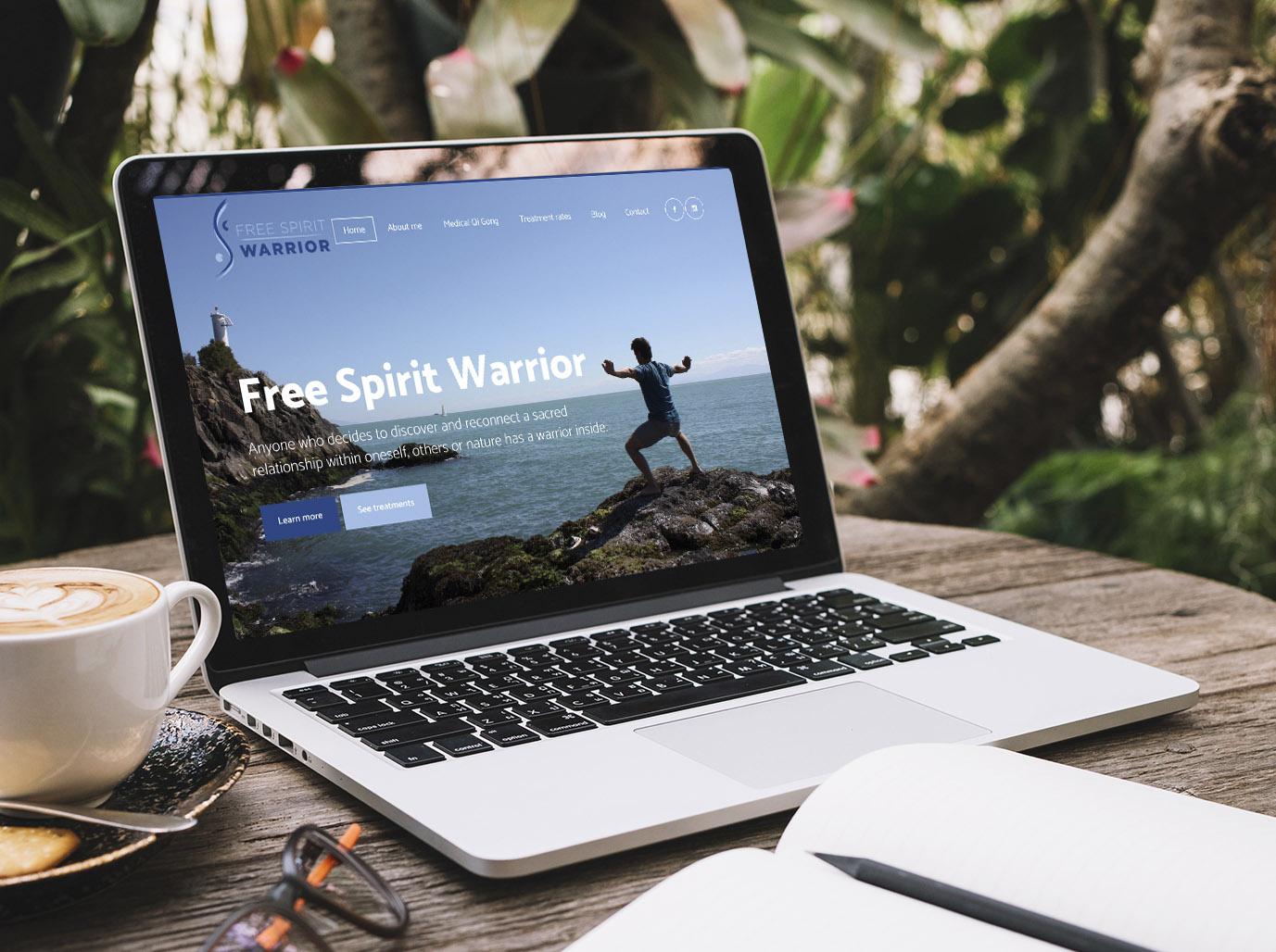 Laptop ukazujúci webstránku čínskej medicíny vytvorenú firmou IdeaMarketing.sk
